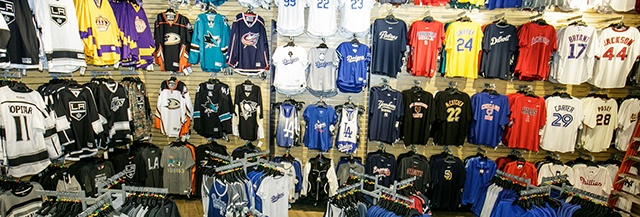 474fee1450946 Locker Room by LIDS