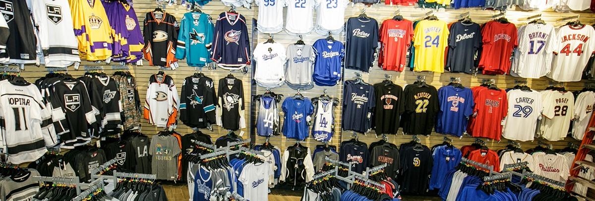Locker Room by LIDS | CityWalk Hollywood